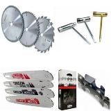 Kæder, sværd og værktøj