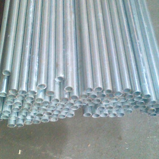 Hegnsrør / Vandrør 1/2´´ Galvaniseret. 1,3 meter