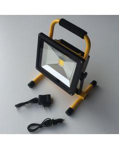 Led 30w  projektør / arbejdslampe med genopladeligt batteri. 3000 lumen